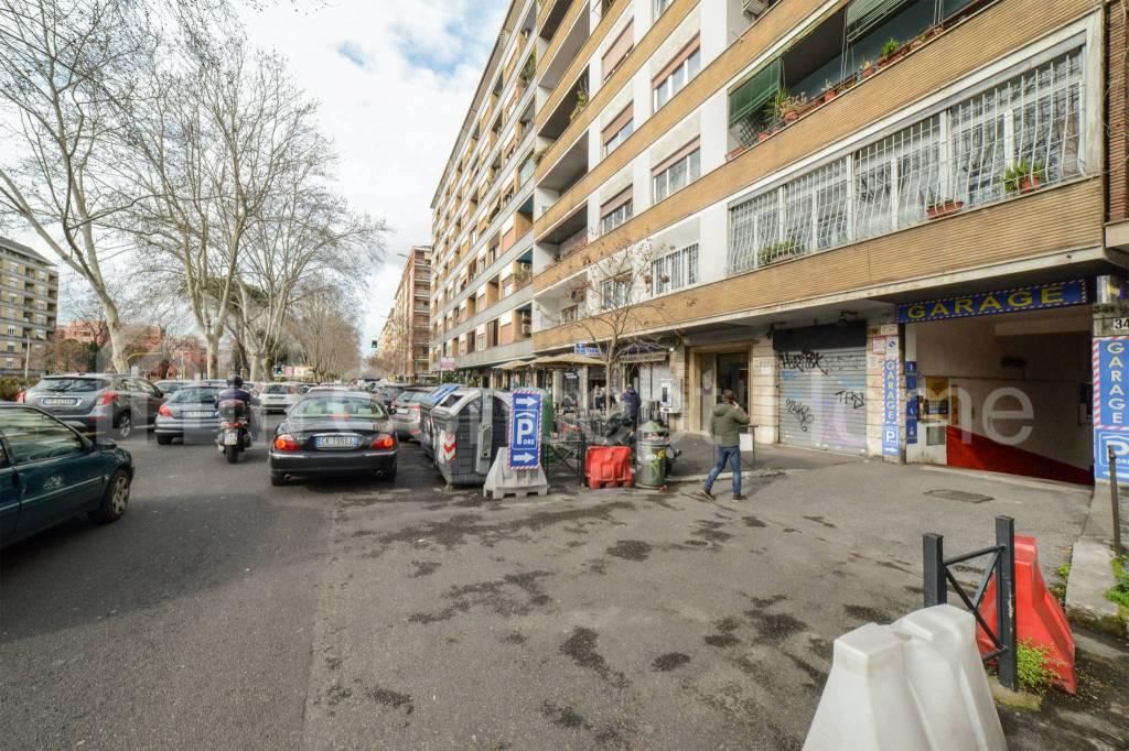 Box / Garage in vendita a Roma, 9999 locali, zona Zona: 19 . Colombo, Garbatella, Navigatori, Omboni, prezzo € 89.000 | CambioCasa.it