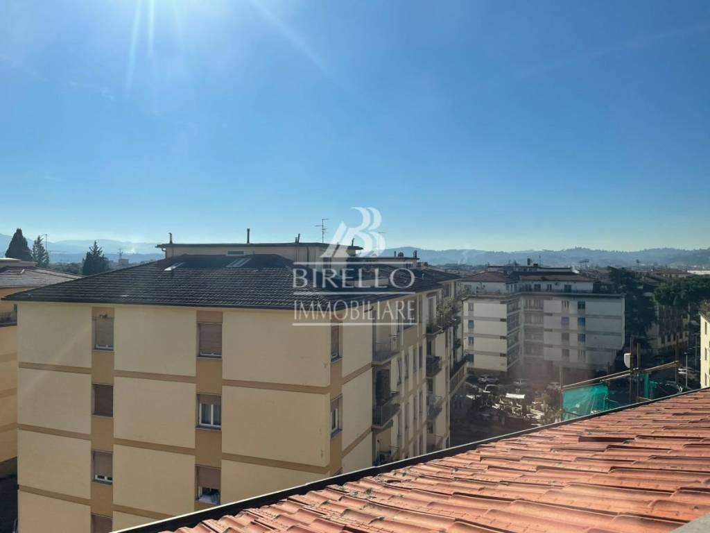 Attico in Vendita a Firenze Semicentro Est: 4 locali, 85 mq