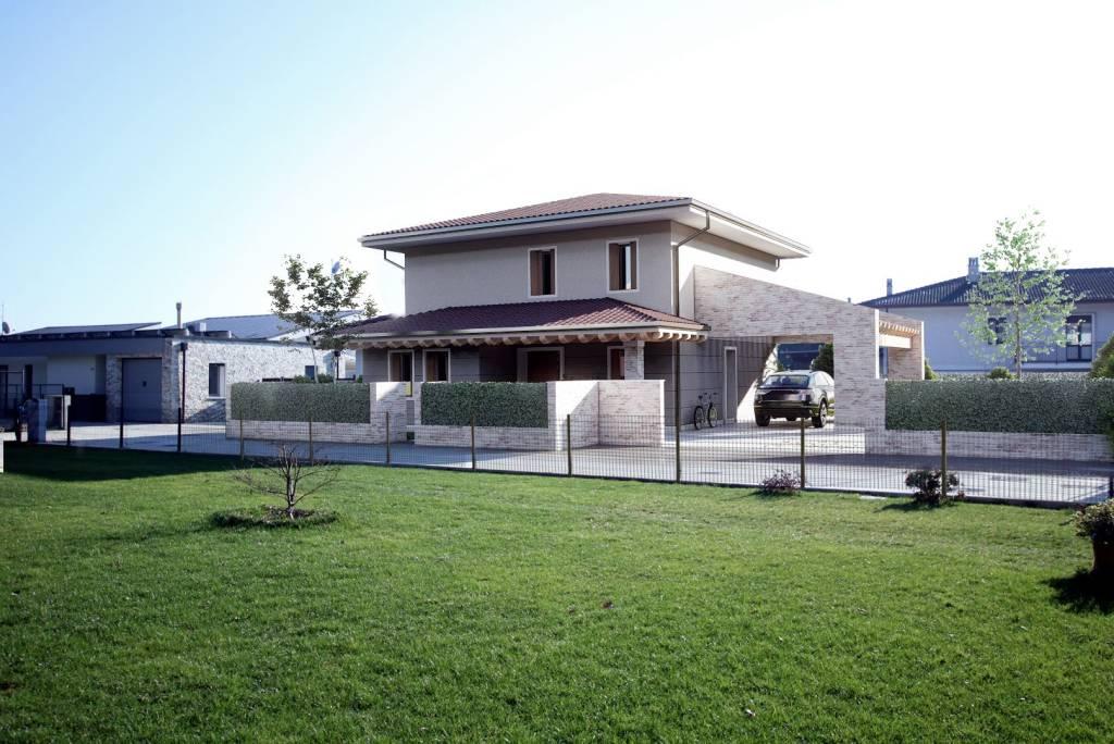 Villa in vendita a Vicenza, 6 locali, prezzo € 430.000   CambioCasa.it