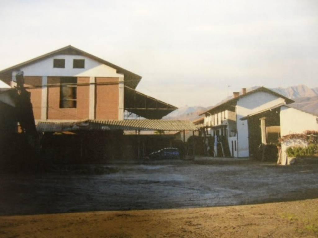 Attività / Licenza in vendita a Bricherasio, 9999 locali, prezzo € 160.000 | PortaleAgenzieImmobiliari.it