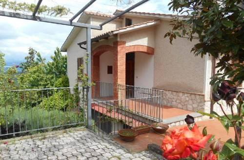 Villa in vendita a Montecchio, 5 locali, prezzo € 157.000 | CambioCasa.it