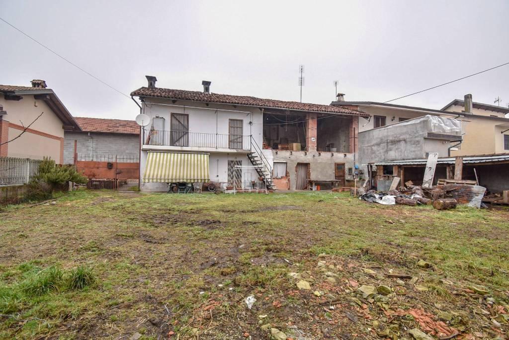Rustico / Casale in vendita a Villafranca Piemonte, 4 locali, prezzo € 73.000 | CambioCasa.it