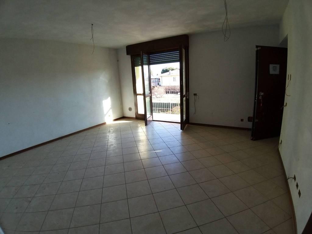 Appartamento in vendita a Fagnano Olona, 3 locali, prezzo € 134.000 | PortaleAgenzieImmobiliari.it