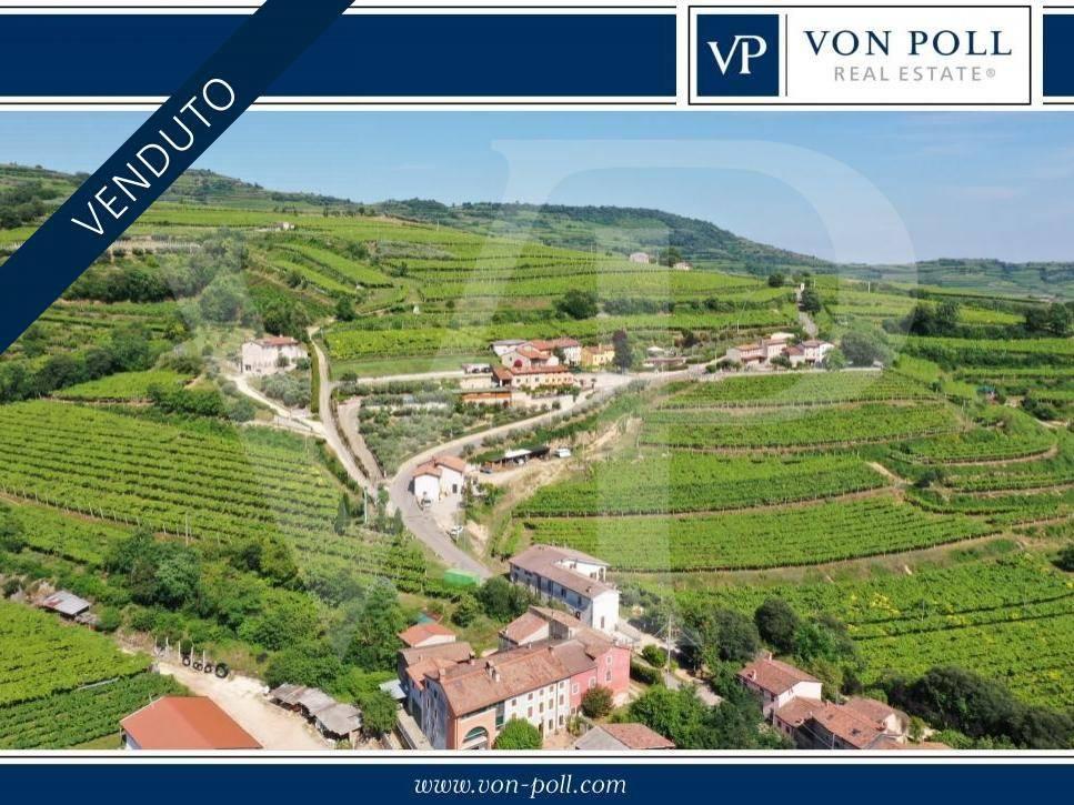 Villa in Vendita a Soave