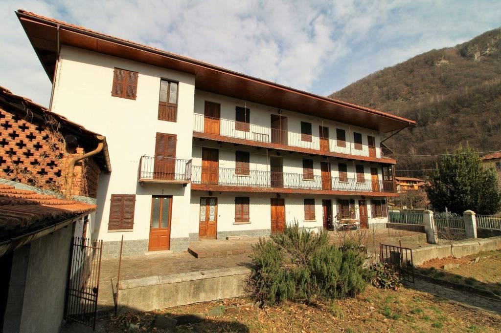 Attico / Mansarda in vendita a Varallo, 4 locali, prezzo € 50.000 | PortaleAgenzieImmobiliari.it