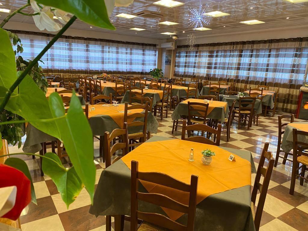 Ristorante / Pizzeria / Trattoria in vendita a Givoletto, 5 locali, prezzo € 60.000 | PortaleAgenzieImmobiliari.it
