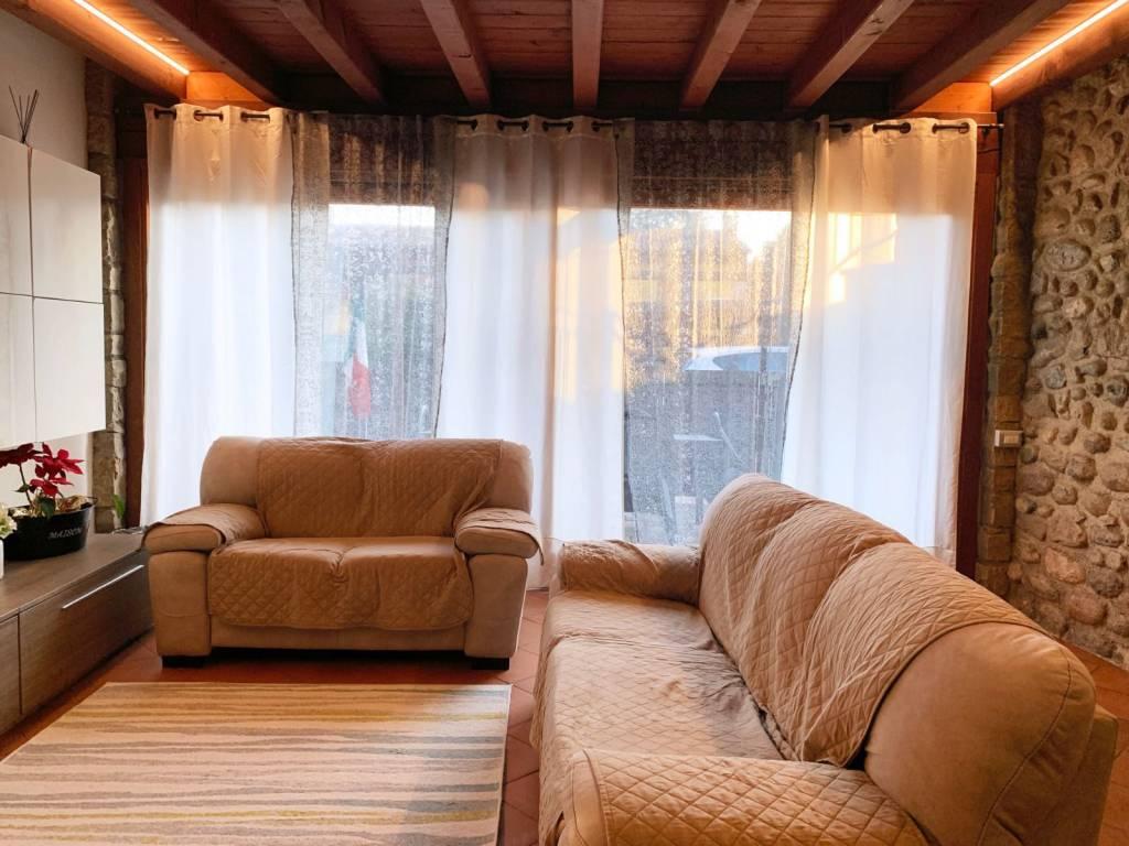 Appartamento in vendita a Calcinato, 4 locali, prezzo € 199.000 | PortaleAgenzieImmobiliari.it