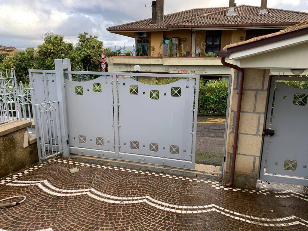 Villa in vendita a Monte Porzio Catone, 4 locali, prezzo € 470.000   CambioCasa.it