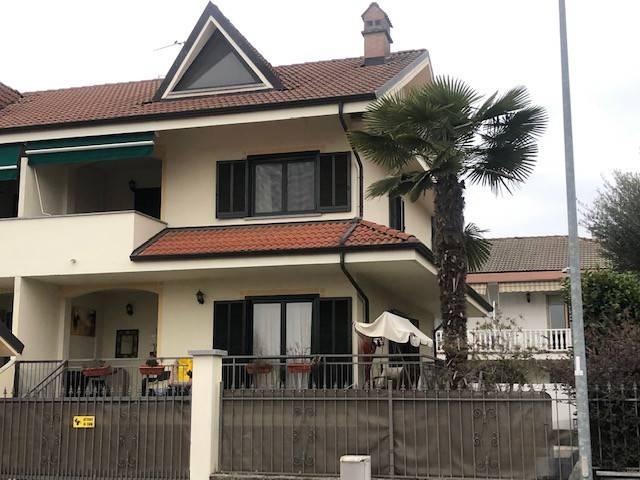 Villa in vendita a Volpiano, 5 locali, prezzo € 245.000 | CambioCasa.it
