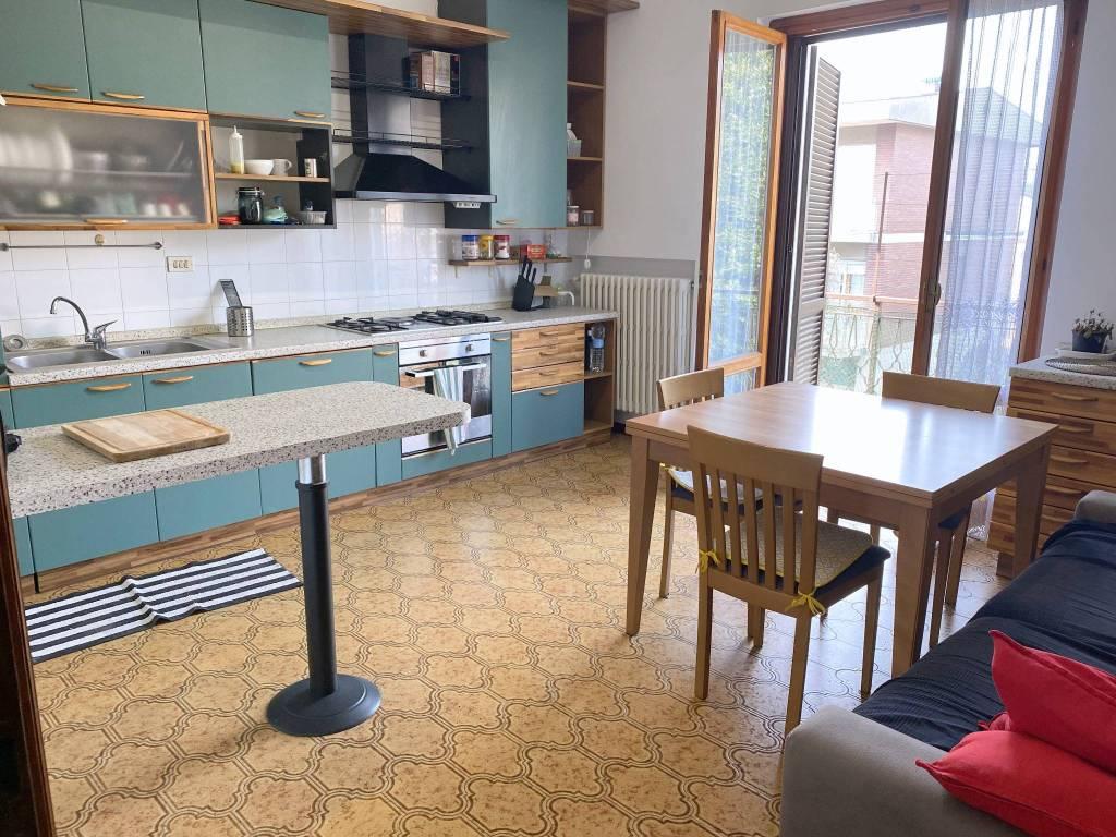 Appartamento in affitto a Cernusco sul Naviglio, 3 locali, prezzo € 1.000 | CambioCasa.it