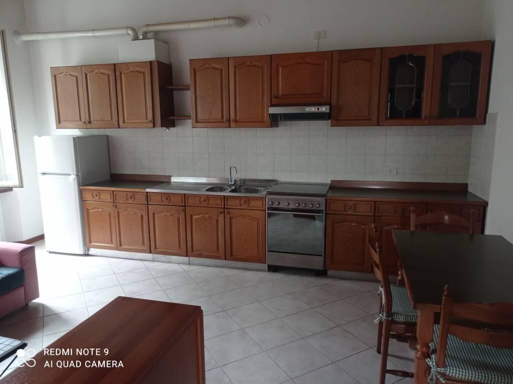 Appartamento in affitto a Stezzano, 3 locali, prezzo € 470 | PortaleAgenzieImmobiliari.it