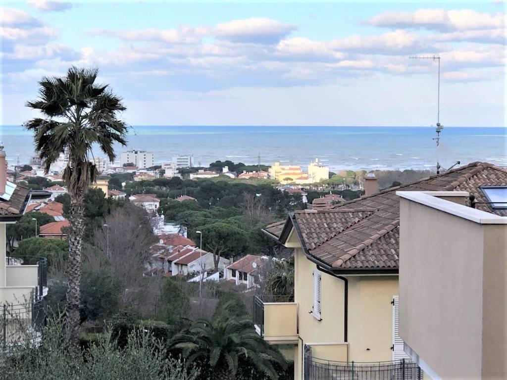 Appartamento in Vendita a Riccione Semicentro:  3 locali, 76 mq  - Foto 1