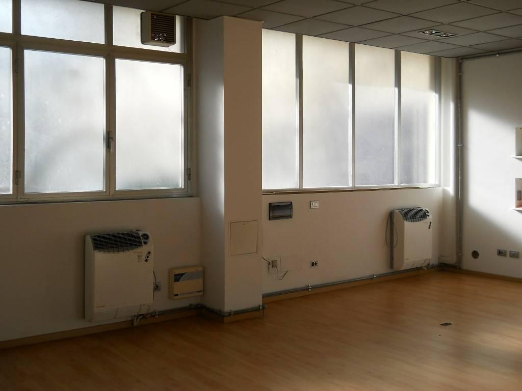 Ufficio / Studio in affitto a Como, 1 locali, prezzo € 700 | PortaleAgenzieImmobiliari.it