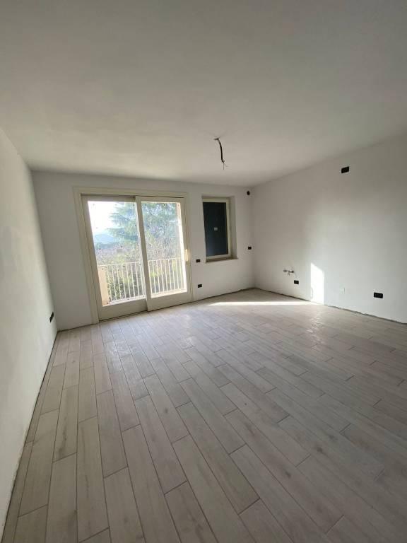 Appartamento in vendita a Nave, 3 locali, prezzo € 215.000 | PortaleAgenzieImmobiliari.it