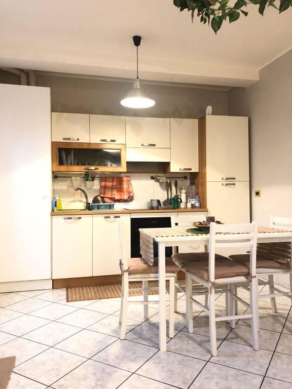 Appartamento in affitto a Valmorea, 2 locali, prezzo € 550   CambioCasa.it
