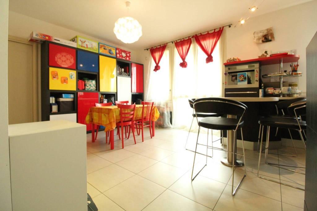 Appartamento in vendita a Scanzorosciate, 3 locali, prezzo € 169.000 | PortaleAgenzieImmobiliari.it