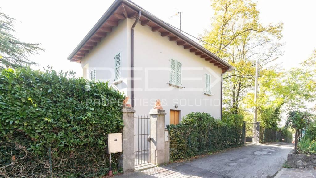 Villa in vendita a Brunate, 4 locali, prezzo € 800.000   PortaleAgenzieImmobiliari.it