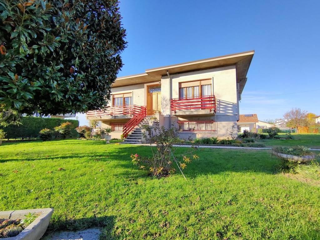 Villa in vendita a Bovolone, 5 locali, prezzo € 200.000   PortaleAgenzieImmobiliari.it