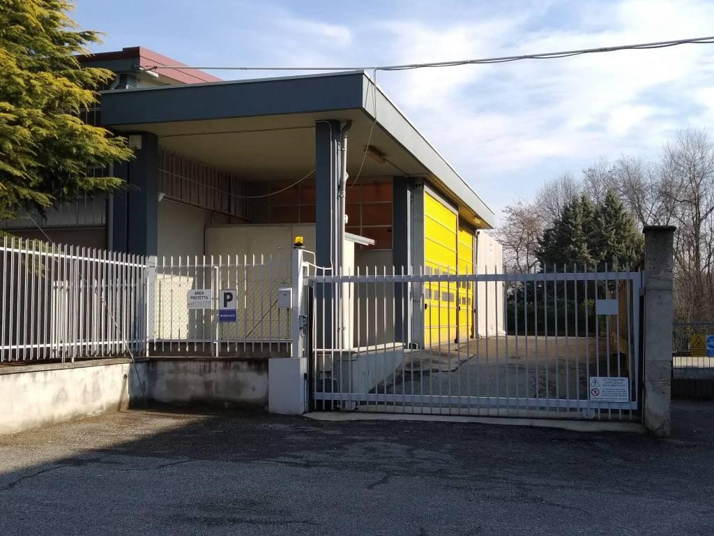 Capannone in affitto a Villarbasse, 9999 locali, prezzo € 2.000 | PortaleAgenzieImmobiliari.it