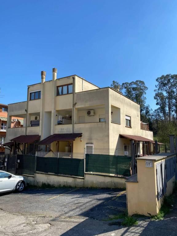 Appartamento in vendita a Roma, 2 locali, zona Zona: 33 . Quarto Casale, Labaro, Valle Muricana, Prima Porta, prezzo € 135.000 | CambioCasa.it