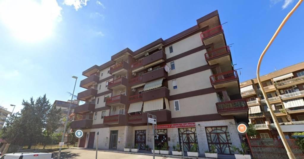 Appartamento in Affitto a Foggia Periferia: 3 locali, 115 mq