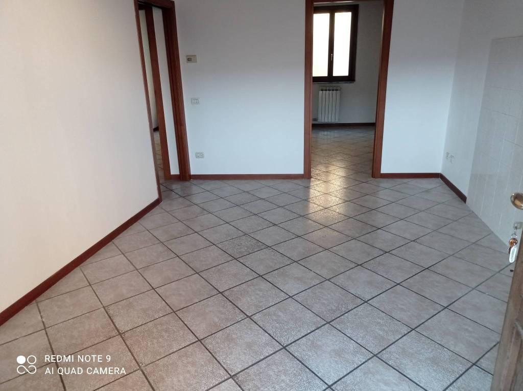 Appartamento in vendita a Urgnano, 3 locali, prezzo € 75.000 | CambioCasa.it