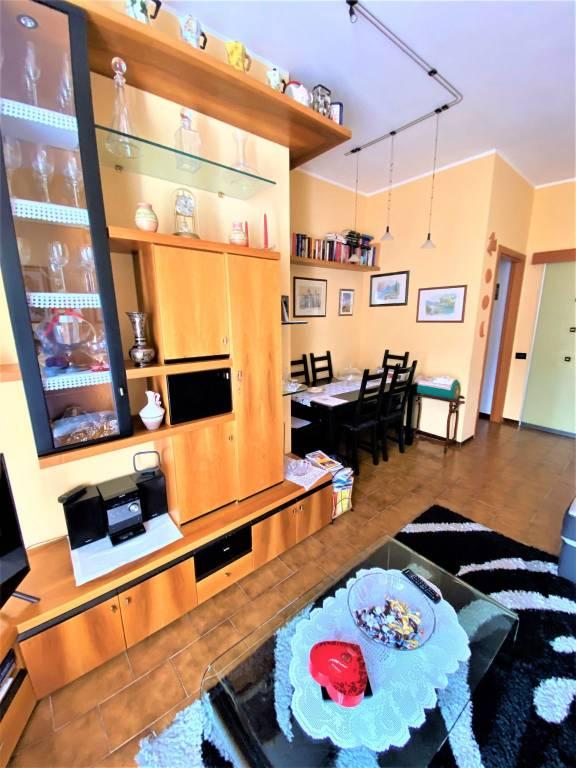 Appartamento in vendita a Albavilla, 5 locali, prezzo € 165.000 | PortaleAgenzieImmobiliari.it