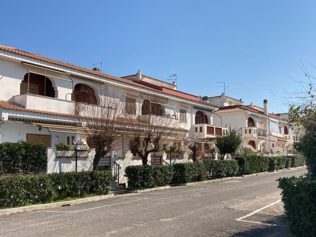 Appartamento in vendita a Ardea, 3 locali, prezzo € 159.000   PortaleAgenzieImmobiliari.it