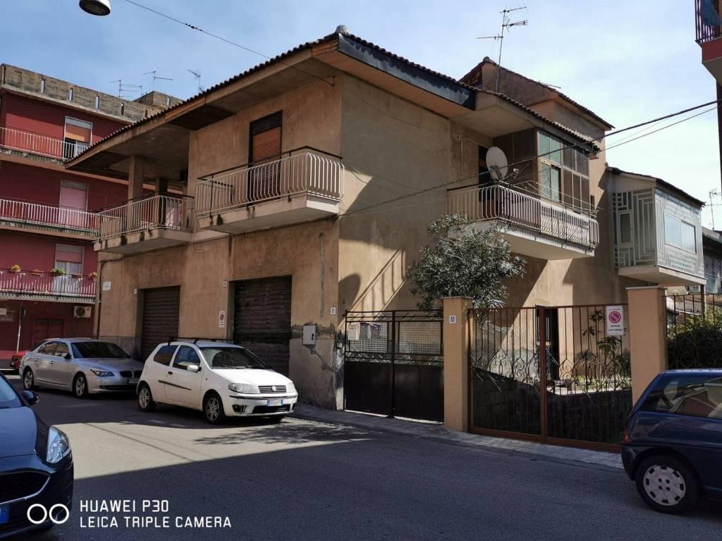 Appartamento in Vendita a Misterbianco Centro: 5 locali, 125 mq