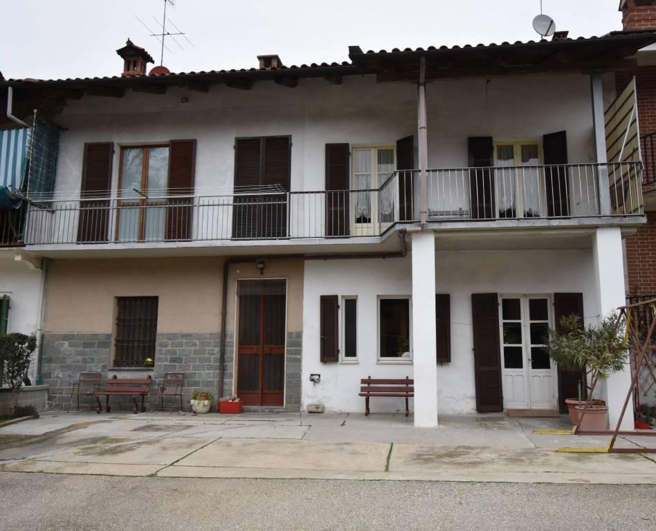 Soluzione Indipendente in vendita a Santo Stefano Roero, 7 locali, prezzo € 180.000 | PortaleAgenzieImmobiliari.it
