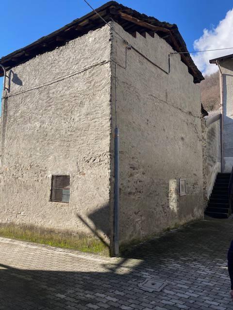 Rustico / Casale in vendita a Buglio in Monte, 3 locali, prezzo € 16.000 | CambioCasa.it