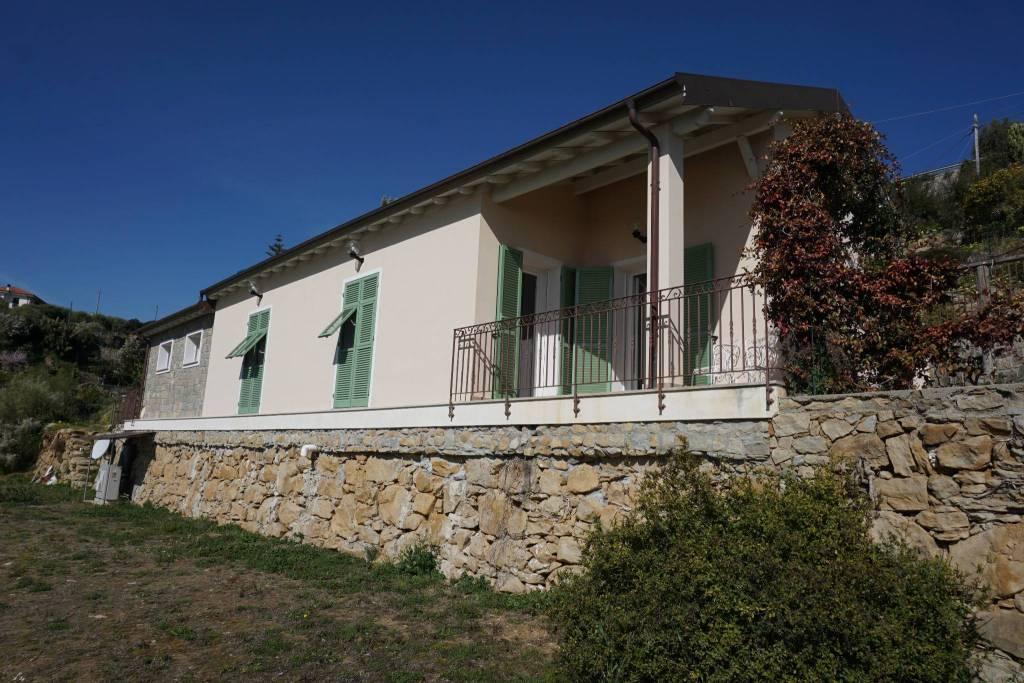 Villa in vendita a Bordighera, 4 locali, prezzo € 550.000   PortaleAgenzieImmobiliari.it