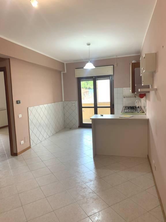 Appartamento in affitto a Bracciano, 2 locali, prezzo € 460 | CambioCasa.it