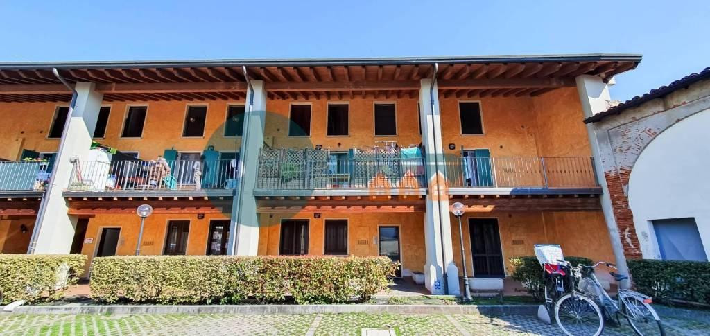 Appartamento in vendita a Leno, 3 locali, prezzo € 85.000 | PortaleAgenzieImmobiliari.it