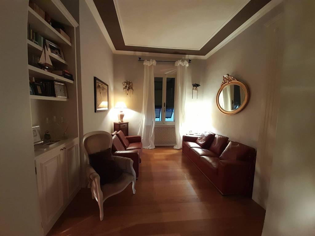 Appartamento in Vendita a Pisa Semicentro: 4 locali, 95 mq