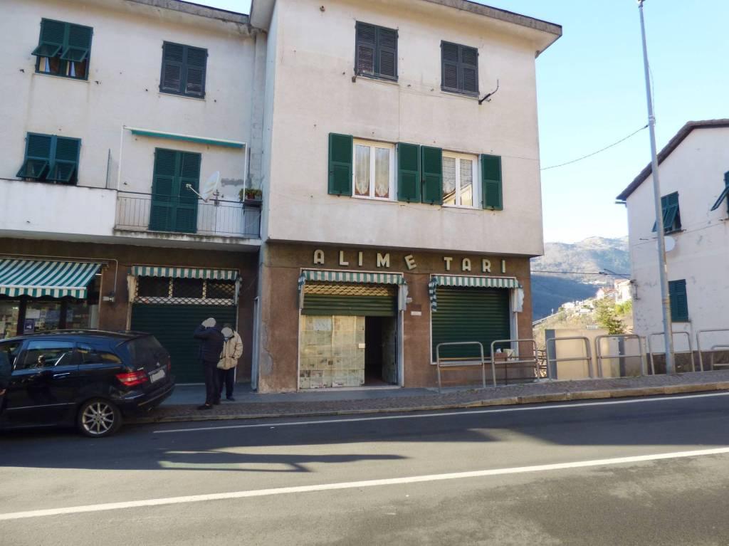 Negozio / Locale in affitto a Bargagli, 1 locali, prezzo € 500 | CambioCasa.it