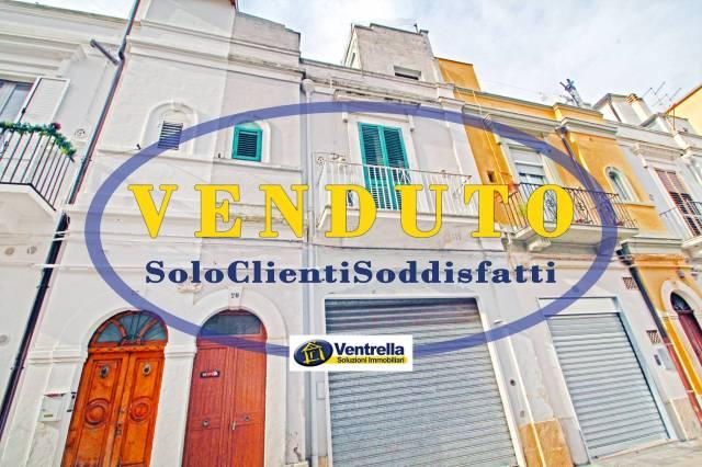 Appartamento da ristrutturare in vendita Rif. 4487589