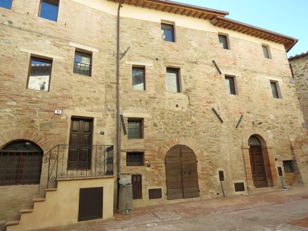 Appartamento in vendita a Marsciano, 18 locali, prezzo € 420.000   PortaleAgenzieImmobiliari.it