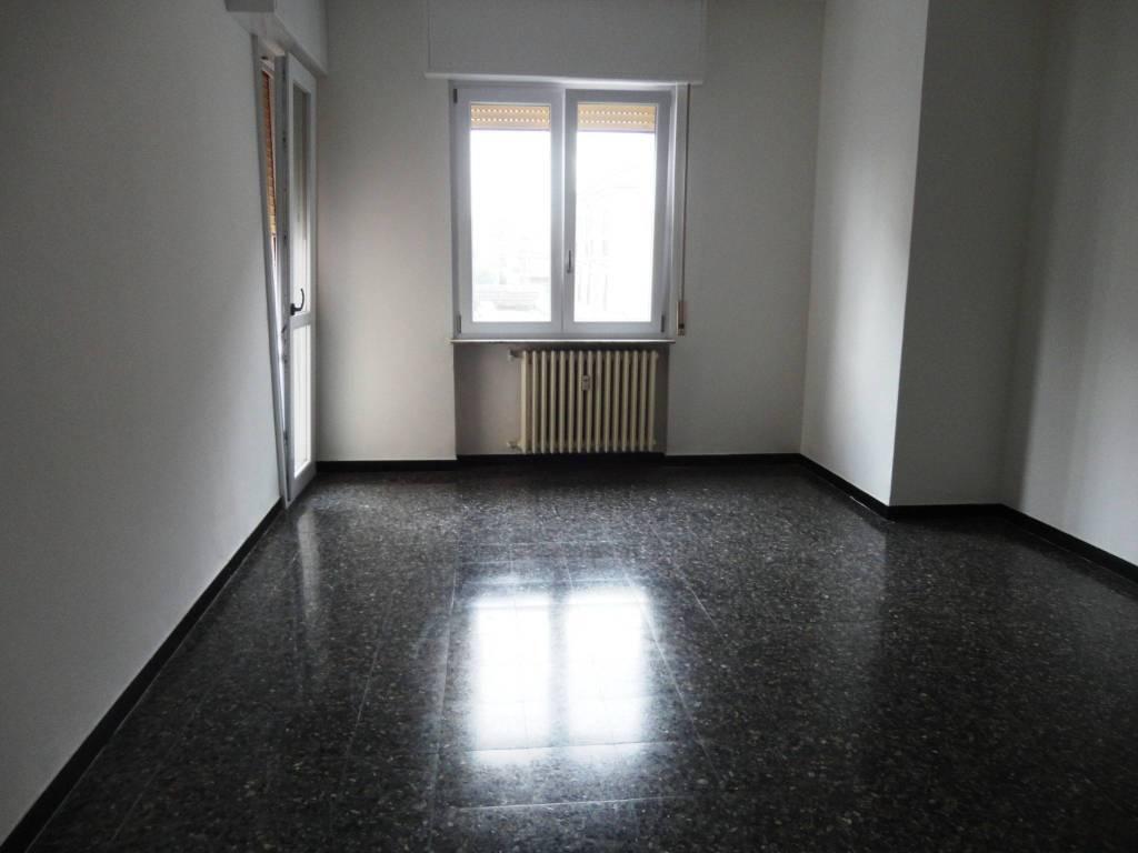 Appartamento in affitto a Alessandria, 4 locali, prezzo € 400 | PortaleAgenzieImmobiliari.it