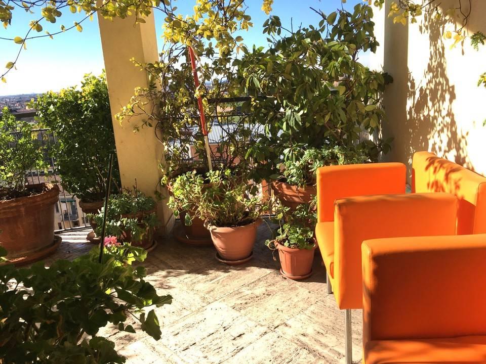 Appartamento in Vendita a Piacenza: 5 locali, 185 mq