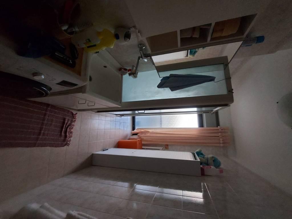 panoramico appartamento con box e posto auto, foto 11