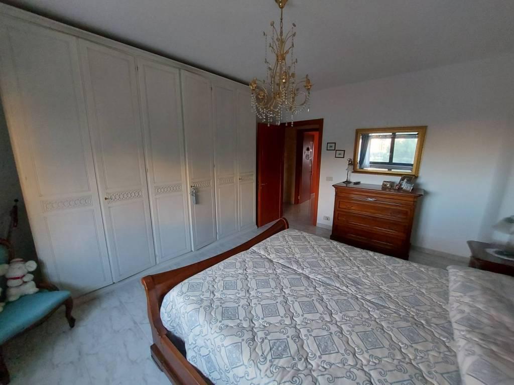 panoramico appartamento con box e posto auto, foto 16