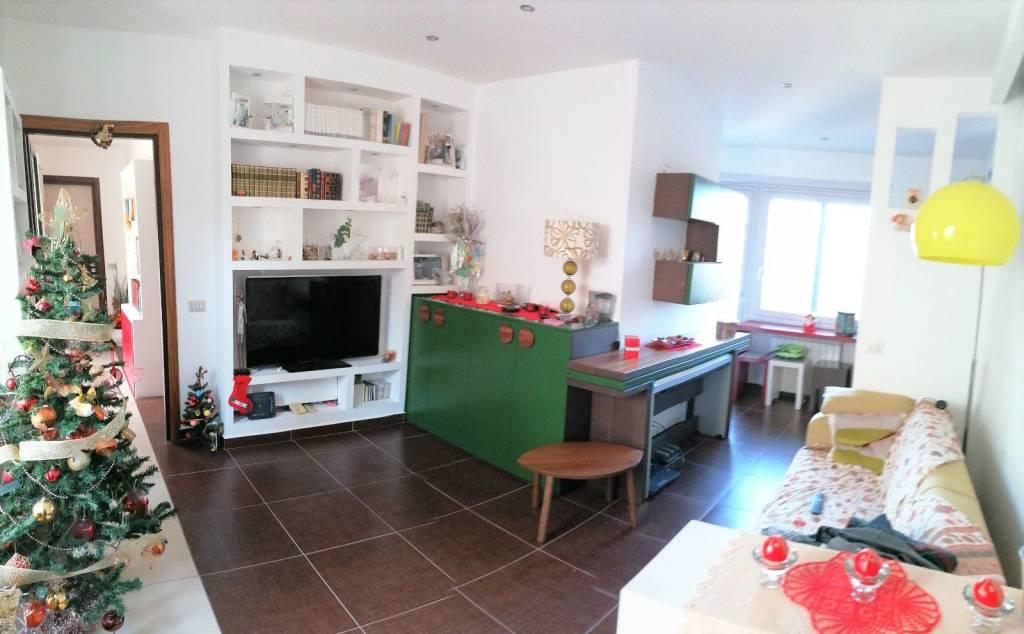 Appartamento in vendita a Riano, 3 locali, prezzo € 129.000 | CambioCasa.it