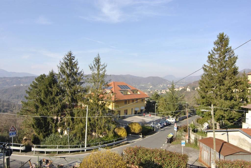 Villa in vendita a Sant'Olcese, 4 locali, prezzo € 347.000 | CambioCasa.it