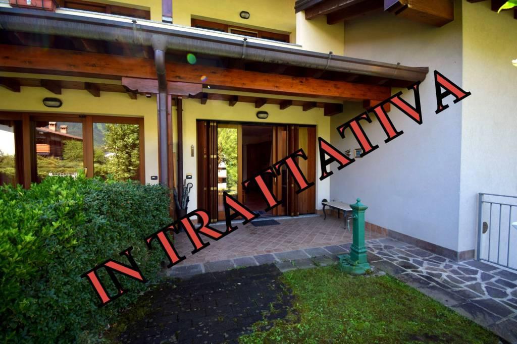 Appartamento in vendita a Songavazzo, 2 locali, prezzo € 85.000 | CambioCasa.it
