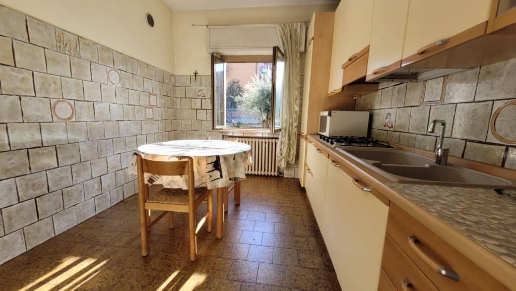 Villa in vendita a Villa di Serio, 4 locali, prezzo € 130.000 | PortaleAgenzieImmobiliari.it