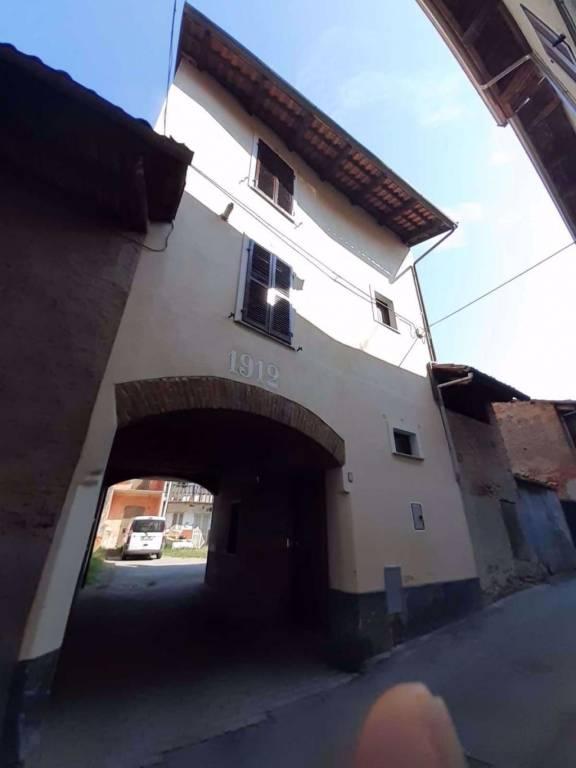 Soluzione Indipendente in vendita a Caluso, 4 locali, prezzo € 53.000 | PortaleAgenzieImmobiliari.it