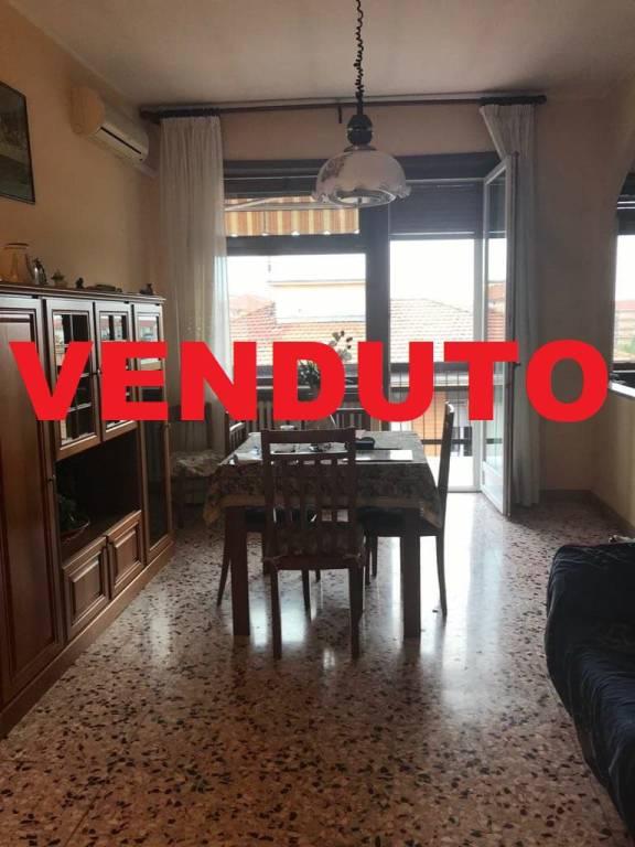 Appartamento in vendita a Nichelino, 2 locali, prezzo € 75.000 | CambioCasa.it