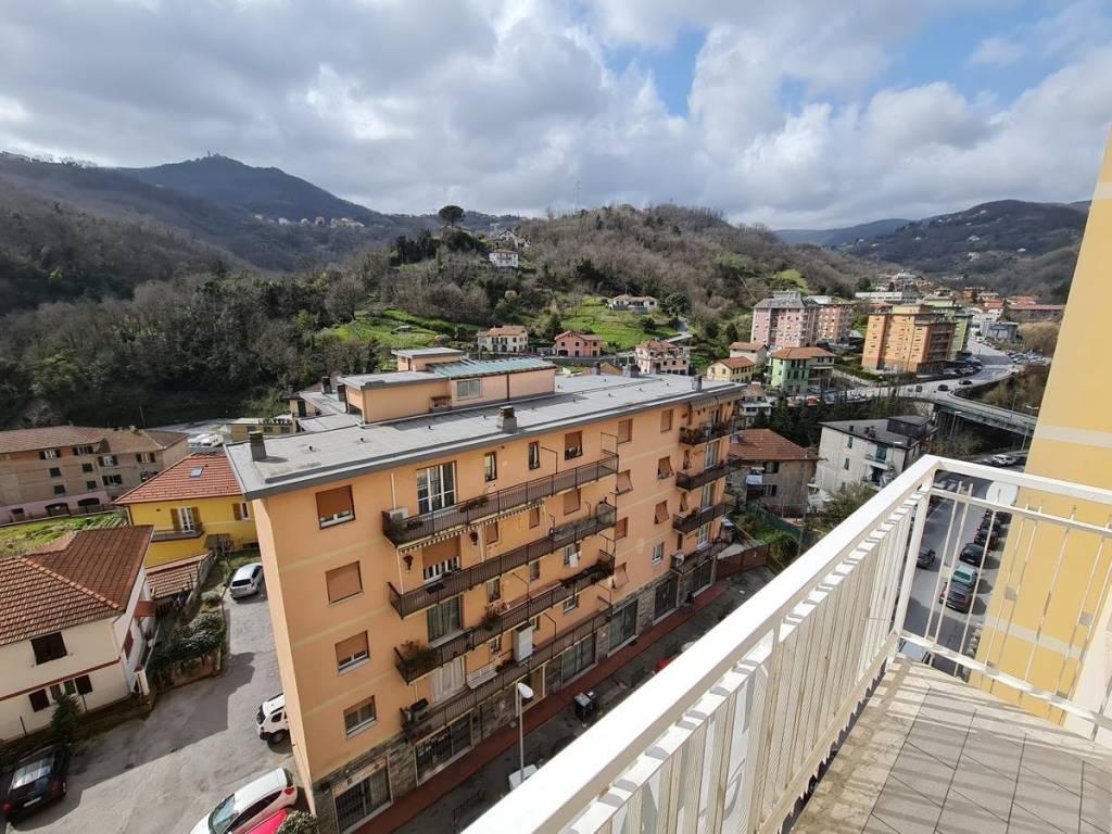 Appartamento in affitto a Campomorone, 3 locali, prezzo € 430 | CambioCasa.it