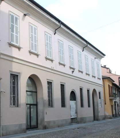 Ufficio / Studio in vendita a Pavia, 2 locali, prezzo € 464.000 | CambioCasa.it